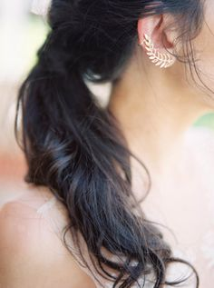 Low pony wedding hairstyle