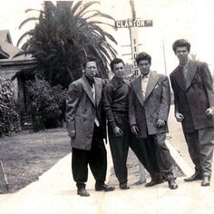 getwiththe40s:  1940s Pachucos all suit it up