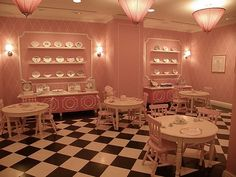 NYC, Style and a little Cannoli: Eloise at the Plaza