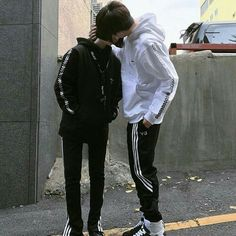 [Idols Boyfriend Material] In this book we will see the idols being totally boyfriend matter … # Losowo # amreading # books # wattpad Gay Aesthetic, Couple Aesthetic, Ulzzang Couple, Ulzzang Boy, Couple Goals, Lgbt, Parejas Goals Tumblr, Cute Gay Couples, Korean Couple