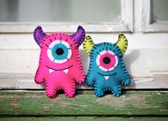 Felt Monster and Baby Pocket Plush Toys by nuffnufftoys on Etsy