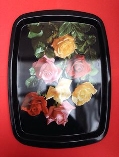 1960s Worcester Ware Metal Tray with Photographic by TheFidorium