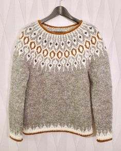 ― Karolina Brobergさん( 「Tack så mycket för all fin respons för min version av tröjan Telja! Hand Knitted Sweaters, Sweater Knitting Patterns, Knit Patterns, Fair Isle Knitting, Hand Knitting, Icelandic Sweaters, Loose Sweater, Pulls, Knitwear