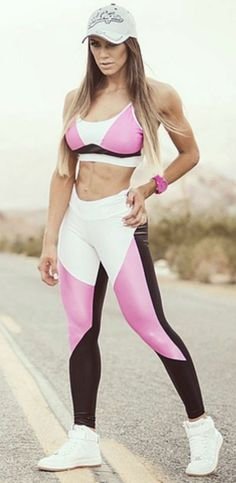 79e0367c29 108 Best Female Fitness Fashion images in 2019 | Fitness fashion ...