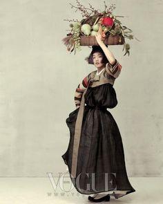 """Harvest Feast""  Photographer Ogh Sang Sun Vogue Korea (Oct 2010)"