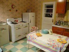 Lovely. Grandma kitchen.