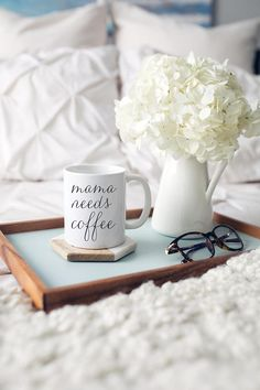 10 Perfect Festive Christmas Gifts For Her - Life Is Fun Silo Need Coffee, Coffee Time, Morning Coffee, Funny Coffee Mugs, Coffee Drinks, Hygge, Coffee Photography, Mom Mug, Gifts For New Moms