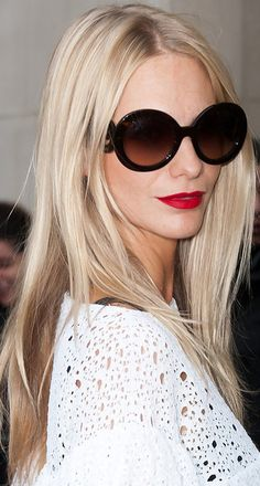 Loooooove the color. This is what I want my hair to look like.