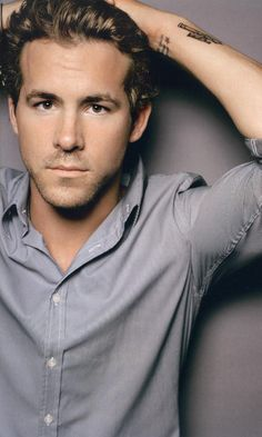 So I thought about it and thought about it and have deceided that Ryan Reynolds is pretty flipping hot!!!