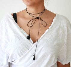 The length of this amazing choker is 145 cm and the material is faux leather. EpicNeck tries to give the best costumer service experience. Long Choker Necklace, Tassels, Jewels, Chic, Leather, Fashion, Shabby Chic, Moda