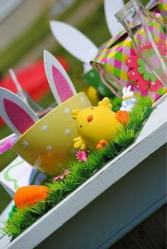 Cute easter table setting for baby, Creative Easter table setting ideas, DIY Easter table decor inspiration, Easter decoration ideas  #Easter #ideas #holiday www.loveitsomuch.com