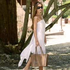 Brown vibes today...#carmensol #carmensolofficial #tote #studbracelet #wedges #handbag #baggrab #summer #happy #love #beach #summertime #summerwear #style #stylish #love #photooftheday #beauty #instagood #charm #outfit #purse #shopping #instafashion #instagood #fashion #beachwear #beachoutfit #jelly #orange