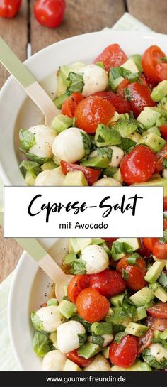 Quick caprese salad with avocado, tomatoes and mozzarella . - Quick caprese salad with avocado, tomatoes and mozzarella - Ensalada Caprese, Caprese Salat, Mozzarella Salat, Low Carb Recipes, Healthy Recipes, Quick Recipes, Easy Salads, Healthy Salads, Healthy Food