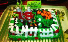 Pastel de hortalizas de azúcar en base a un bizcocho de zanahoria... ¡Descubre la historia! http://www.floresyplantas.net/lhort-de-sofia/