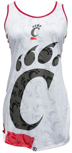 Rest and relax like a winner with this comfy, cute women's Cincinnati Bearcats nightgown. Cincinnati Bearcats, Cute Woman, Nightgown, Athletic Tank Tops, Comfy, Gowns, Stylish, Relax, Products