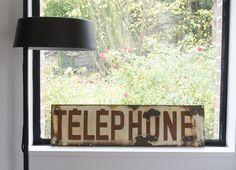 plaque émaillée #téléphone. www.brocantedelabruyere.com