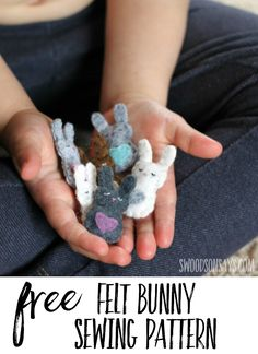 Sew up this sweet little felt bunny for your kiddo to stick in their pocket! A free stuffed animal sewing pattern to make with felt. #sewing #crafts #felt