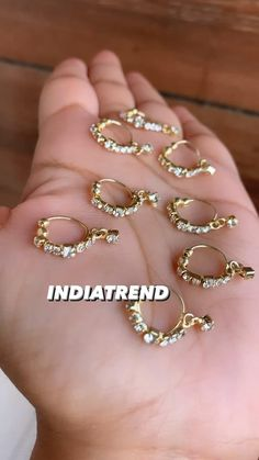Indian Bridal Jewelry Sets, Indian Jewelry Earrings, Nose Jewelry, Hoop Earrings, Rajputi Jewellery, Saree Jewellery, Nose Rings, Jewelry Photography, Necklace Set