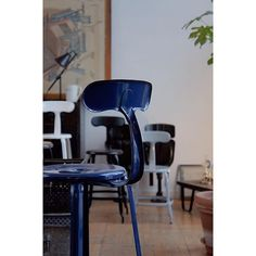 RAL5003 / Sapphire blue #nicollechair #chaisesnicolle #color #order #sapphire #blue #sapphireblue #ral5003 #fertravail #france #industrial #vintage #ニコルチェアー #カラーオーダー