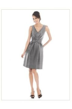 V-neck Sleeveless Grey Bridesmaid Dress (G128) #celeb16 #bridesmaiddresses