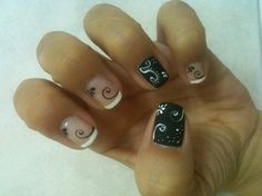 Swirls in b/w (Inspired by Robin Moses!) - Nail Art Gallery