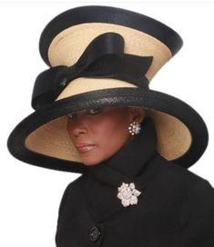 Cecily Tyson is wearing that hat!