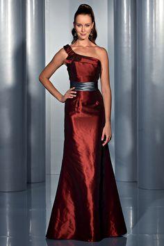 Isabel de Mestre - Evenings Abendkleider Kollektion 2015 (Art.14E 027): Langes Abendkleid in Rostrot mit einseitigem Träger.