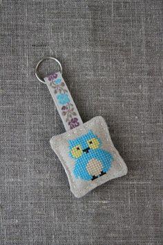 Cross-stitched linen keyring, keychain - owl, aqua blue - by Plushka on madeit