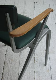 James Leonard masters chair