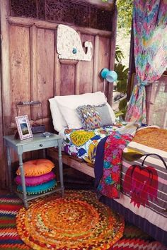 "How to Achieve Bohemian (or ""Boho-Chic"") Style - feed2know"