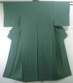 Graceful Deep Green Flower & Bird Pattern Iromuji Kimono
