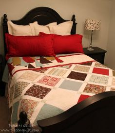 Make Christmas quilt decorations for your home and handmade quilt gifts for your loved ones. You will love learning how to sew Christmas quilt throws, Christmas quilt table runner patterns, Christmas bed quilt patterns, and free quilted Christmas orn Quilting Tutorials, Quilting Projects, Quilting Designs, Quilting Ideas, Sewing Projects, Sewing Tutorials, Sewing Ideas, Bed Quilt Patterns, Layer Cake Quilts