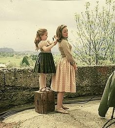 A very young Kym Karanth (Gretel) and Charmain Carr (Liesel)