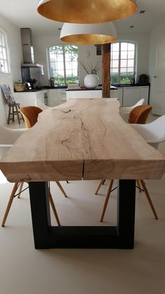 Contemporary dining room interior design rustic style table Source by max_chounlamany Room Interior Design, Dining Room Design, Dining Rooms, Wood Table Design, Bar Interior, Interior Concept, Nordic Interior, Table Designs, Dining Sets