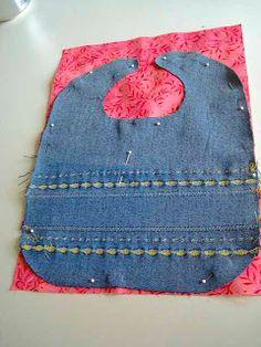 DD Kimball Road: Twist on a standard baby bib - Denim Bib DIY! Baby Bibs, Dyi, Baby Sewing, Pattern, Hats, Design, Fashion, Moda, Sombreros