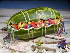 Watermelon Treasure Chest - 20 Jake and the Neverland Pirates Party Ideas Walters Walters Pedersen Watermelon Carving Easy, Watermelon Art, Carved Watermelon, Summer Centerpieces, Pirate Birthday, Birthday Ideas, 3rd Birthday, Birthday Parties, Best Fruits
