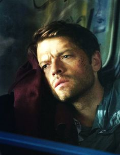 "Cas on a bus 9x03 ""I'm No Angel"" #Supernatural"