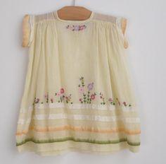 Baby Dress: circa 1930