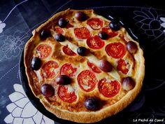 Quiché de queso de cabra, tomates y gambas