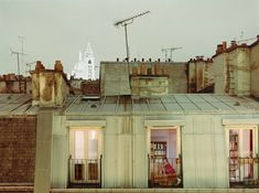 Revealing Photos of Skylines and Apartment Windows Capture Solitude of City Life - My Modern Met