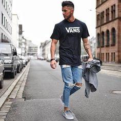 1d3b3115678 Credits: @_donthiago_ Vans Outfit Män, Stadsmode, T Shirts Herr, Mansgrejer,
