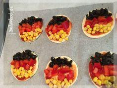 Minipizza schwarz-rot-gold Fussball