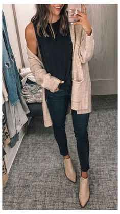 Winter Outfits Women, Casual Winter Outfits, Spring Outfits, Casual Fall, Casual Wear, Winter Cardigan Outfit, Dress With Cardigan, Long Cardigan Outfits, Legging Outfits