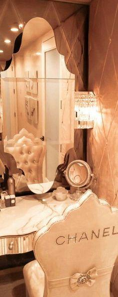 luxury, luxurious living, luxury lifestyle, luxury inspirations, chanel, luxury brands | #luxurylifestyle #luxury #inspiration Visit www.memoir.pt
