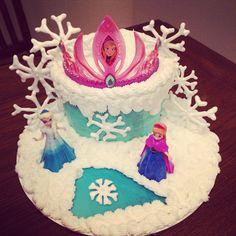 #Disney #frozen #cake #disneyfrozen #birthday #happybirthday #princess #ice #snowflakes #dessertswithlove