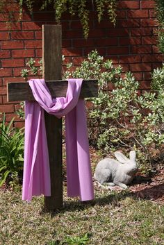 Easter Decorations 154248355968106739 - Looking to bring Christ into your home this Easter? Here is a great list of ideas and pictures to inspire Christ Centered Easter Decorations. Diy Osterschmuck, Resurrection Day, Easter Garden, Easter Projects, Easter Ideas, Easter Recipes, Diy Easter Decorations, Outdoor Decorations, Easter Centerpiece