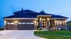 Amazing Prairie Style Home Plan - 5 beds 4 baths Modern House Floor Plans, Modern House Design, Prairie Style Houses, Ranch Style Homes, Ranch House Plans, Home Design Plans, Future House, How To Plan, House Styles