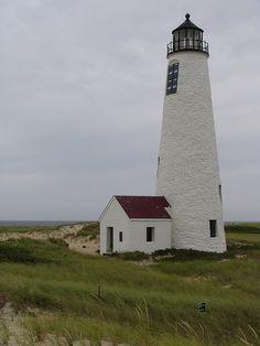 Great Point lighthouse [1986 - Nantucket, Massachussets, USA] http://www.stopsleepgo.com/vacation-rentals/massachusetts/united-states