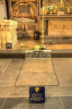 Shakespeare's tomb in Holy Trinity Church in Stratford upon Avon, England