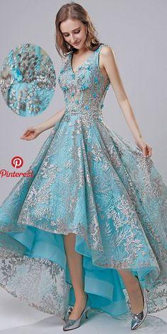 Tendance robes de soirée : NEW! In Stock Amazing Lace V-neck Neckline See-through Hi-lo A-line Evening Dress